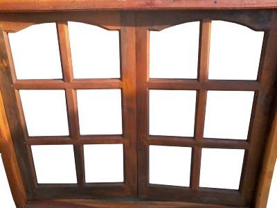 Casa de este alojamiento fabrica de ventanas de madera en for Fabrica de aberturas de madera en rosario